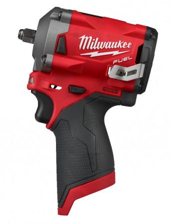 Гайковерт аккумуляторный Milwaukee M12 FIW38-0 FUEL